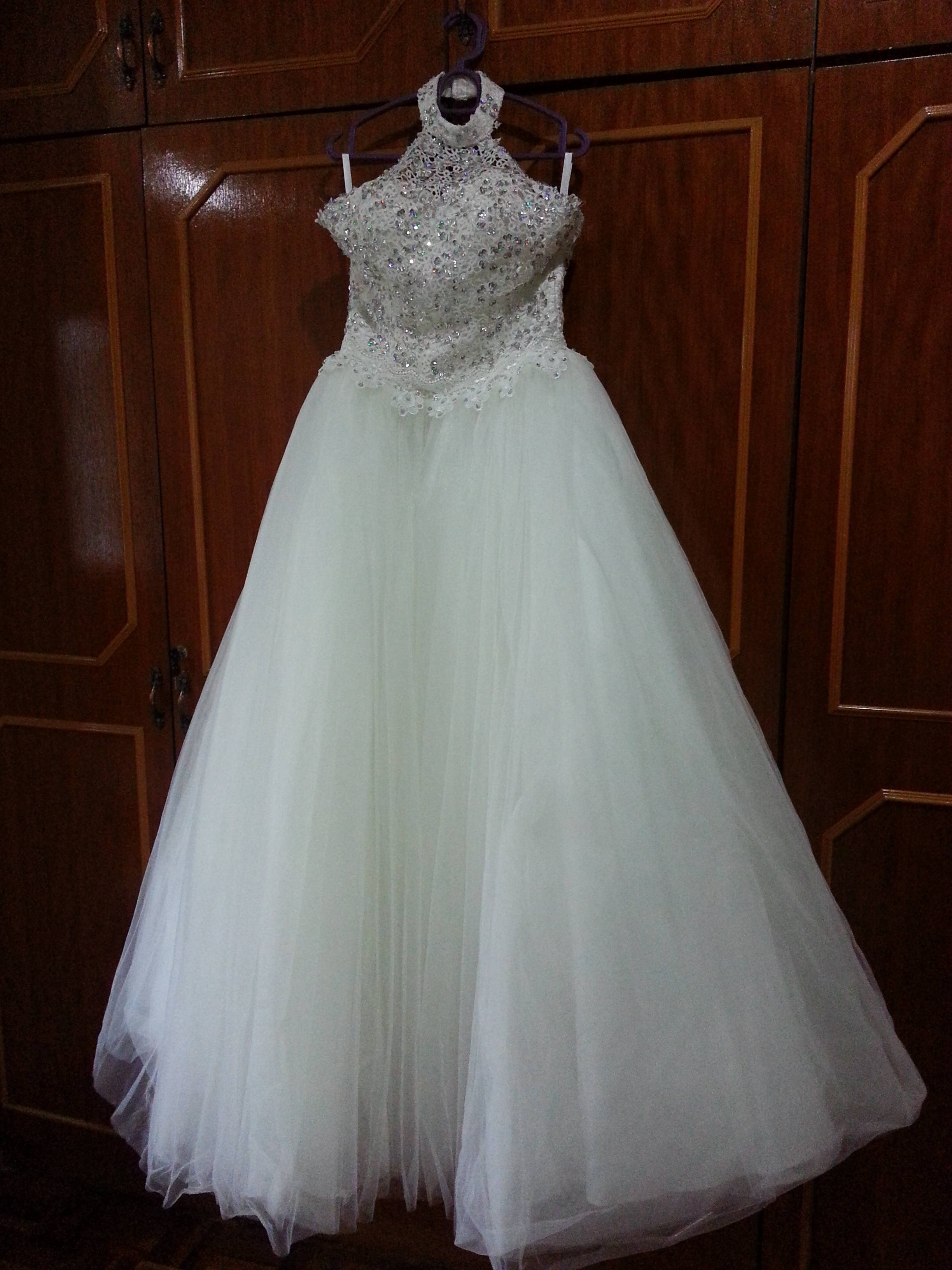 brand new cute princess cut wedding dress to let go